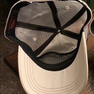 Von Dutch Accessories - 🧢Von Dutch Trucker Hat NEW! 🧢